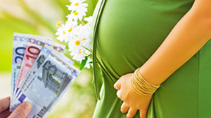 Επίδομα γέννας: Διευκρινίσεις για την αίτηση από ΟΠΕΚΑ