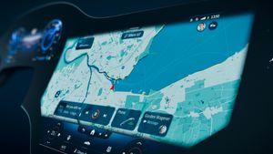 Η EQS με την πρωτοποριακή MBUX Hyperscreen: Kινηματογραφική οθόνη μέσα στο αυτοκίνητο!