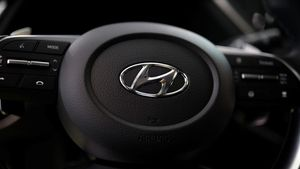 Hyundai: Επιβεβαιώνει τις επαφές με την Apple για ενδεχόμενη συνεργασία