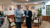Χάρης Θεοχάρης: Η Ελλάδα έχει πολλά να προσφέρει στον Ινδό επισκέπτη