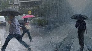 Χαλάει ο καιρός από την Πέμπτη: Έρχονται βροχές και χιόνια