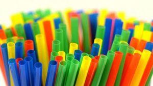 ΣΒΠΕ: Δεν καταργούνται όλα τα πλαστικά μιας χρήσης το 2021