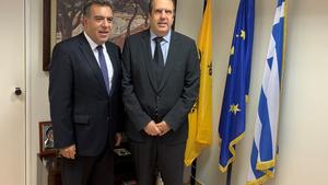 Συνάντηση Κόνσολα με Προεδρείο της ΕΣΕΕ για τα προβλήματα του εμπορικού κόσμου στα νησιά