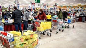 Κατερίνη: Βάζουν κόσμο σε εμπορικά καταστήματα από την πίσω πόρτα