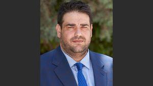 Θ. Λιβάνιος: Οι δήμοι πρέπει να απομακρύνουν τις παράνομες πινακίδες