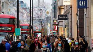 Λονδίνο - Γερμανία: Ξεχύθηκαν στους δρόμους για τα ψώνια πριν το νέο lockdown