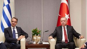 Κυβερνητικές πηγές: Ζητάμε «ένα ευρύτερο πλαίσιο κυρώσεων απέναντι στην Τουρκία»