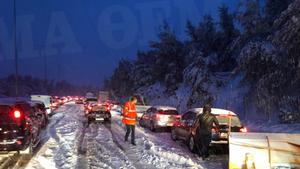 H Νέα Οδός καλεί τους οδηγούς να είναι προσεκτικοί ενόψει της επερχόμενης κακοκαιρίας