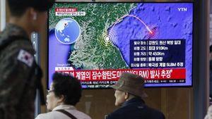 Βόρεια Κορέα: Εκτόξευσε βαλλιστικούς πυραύλους από υποβρύχιο
