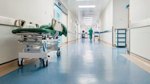 Κορονοϊός : 24ωρη απεργία την Πέμπτη από τους γιατρούς του ΕΣΥ