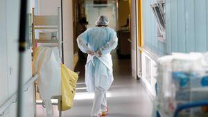 Επίταξη γιατρών: Ακόμα και ποινικές κυρώσεις με φυλάκιση τουλάχιστον 3 μηνών για άρνηση