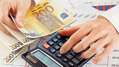 Εφορία: 8.400 μεγαλοοφειλέτες χρωστούν το μισό ΑΕΠ της χώρας (Πίνακες)