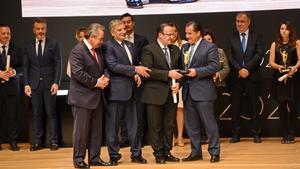 Η Λουξ τιμήθηκε με το βραβείο «Επιχείρηση και Παράδοση» από το ΕΒΕΑ