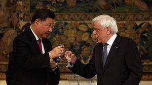 Θερμό κλίμα στο δείπνο Παυλόπουλου με τον Κινέζο πρόεδρο