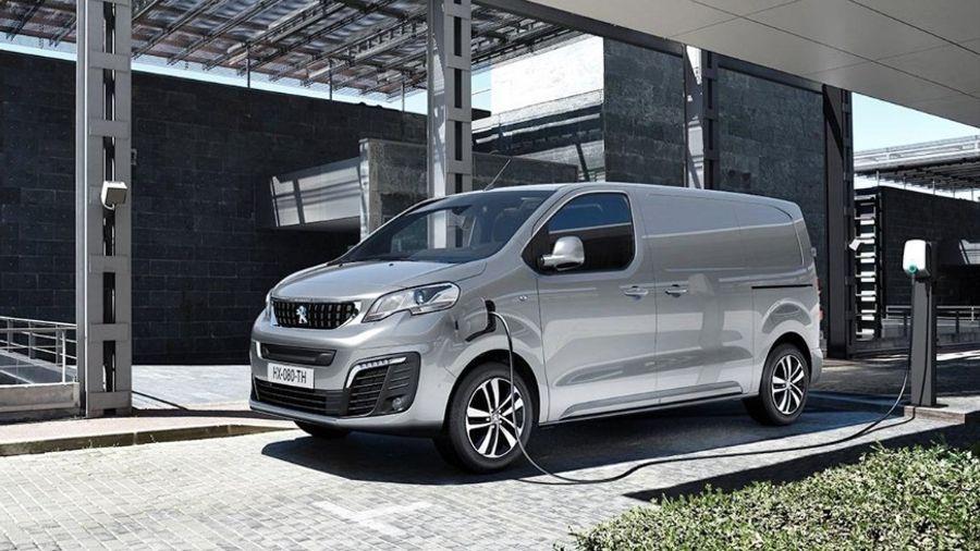 Το Peugeot e-EXPERT αναδείχθηκε International Van Of The Year 2021