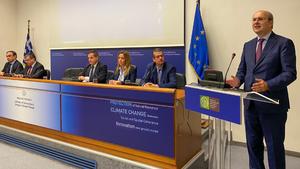 Χατζηδάκης: Η Ελλάδα από τις πρώτες χώρες της ΕΕ που αποσύρει τα πλαστικά μιας χρήσης