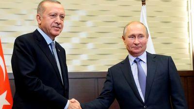 Πούτιν σε Ερντογάν: Δημόσια η κατακραυγή στη Ρωσία για την Αγιά Σοφιά