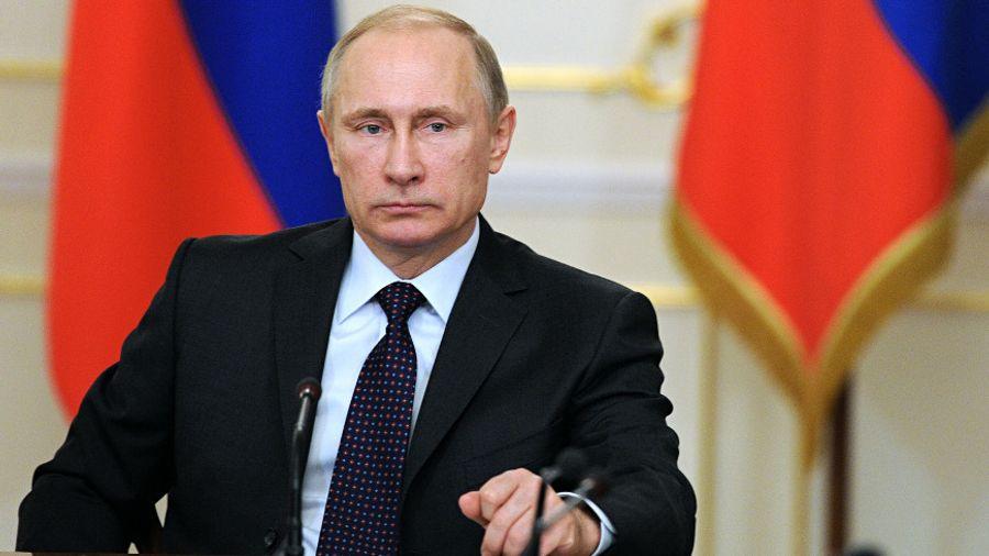 Πούτιν: Aνακοίνωσε πως στην Ρωσία εγκρίθηκε το πρώτο εμβόλιο διεθνώς για τον κορωνοϊό