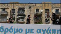 Η Άλκηστις Πρωτοψάλτη δίνει συναυλία στους δρόμους της Αθήνας