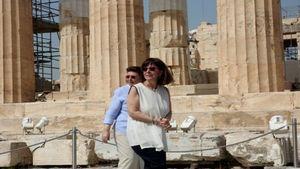Στην Ακρόπολη η Κατερίνα Σακελλαροπούλου, άνοιξαν ξανά οι αρχαιολογικοί χώροι