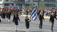 ΣΥΡΙΖΑ κατά ΝΔ για επιλογή σημαιοφόρων: Συμπεριφέρονται σαν Βαβρόνοι