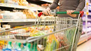 Το 43% της αγοράς του λιανεμπορίου τροφίμων πραγματοποιείται εκτός αλυσίδων σουπερμάρκετ