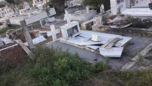 Νεκροταφείο Πλατέος:Ο δράστης που ξέθαψε το πτώμα και βεβήλωσε τάφους έψαχνε για χρυσαφικά