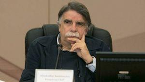 Βατόπουλος: Πιθανή η άρση του lockdown σε διαφορετικές ημερομηνίες από περιοχή σε περιοχή