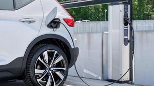 Volvo: Στοχεύει στην αποκλειστική παραγωγή ηλεκτρικών οχημάτων από το 2030